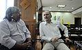 Ministro Aldo e o cacique Xavante, Arnaldo Tsererowe. (22177868239).jpg