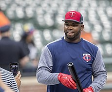 Minnesota Twins player 2017 (34835314475).jpg