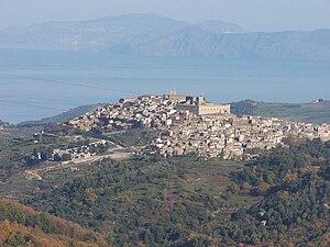 Montalbano Elicona - Montalbano Elicona and the castle of Frederick II