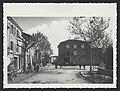 Monument aux morts et automobile sur la place du village de Bourdeaux (34715658525).jpg