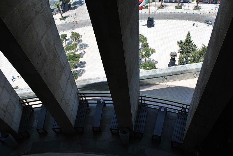 File:Monumento a la Revolución (México) - 17.jpg