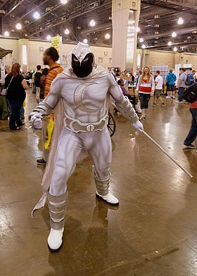 Cosplay du justicier Moon Knight