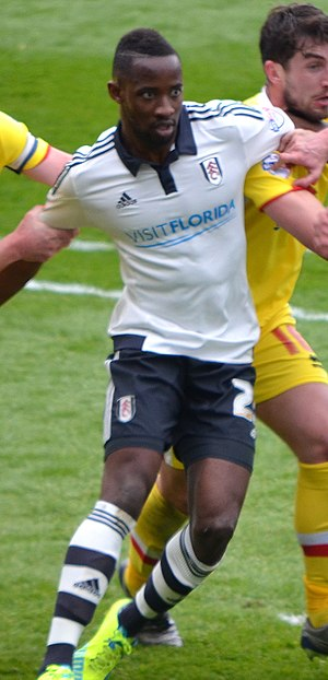 Moussa Dembélé (French footballer) - Dembélé playing for Fulham in 2016