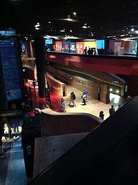 Musee du quai Branly gallery and mezzanine.jpg