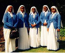 El servicio de las monjas y la llamada de Dios