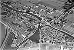 NIMH - 2011 - 0309 - Aerial photograph of Lemmer, The Netherlands - 1920 - 1940.jpg