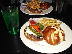 Nachtmystium - Image: Nachtmystium burger Kuma's Corner, Chicago