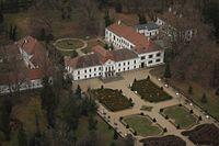 Nagycenki Széchenyi-kastély és parkja.jpg