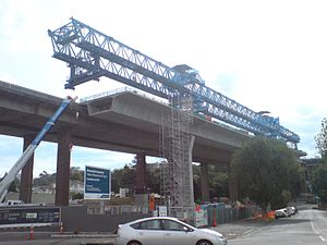 Newmarket Viaduct - The 'Big Blue' gantry crane working on the new viaduct section in 2010.