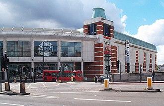 O2 Centre - Image: O2 Centre, Finchley Road (geograph 4931381)