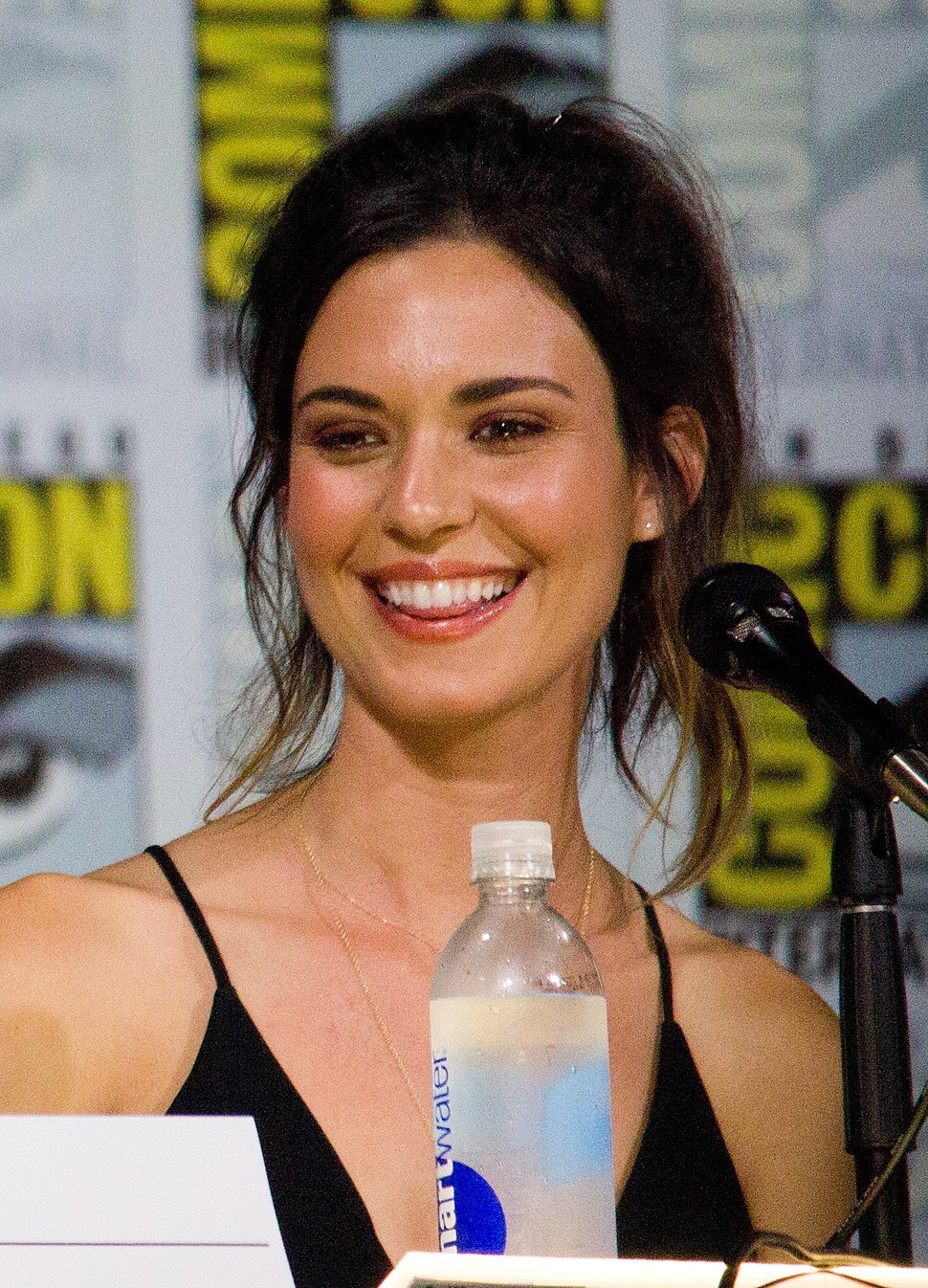 Odette Annable SDCC 2017