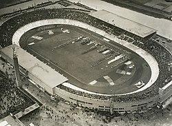 Аякс-Ajax 250px-Olympic_Stadium_Amsterdam_1928_%28large%29