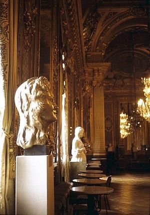 Royal Swedish Opera - Operans Guldfoajén: The Golden Hall (with a bust of Swedish singer Birgit Nilsson) at the Royal Swedish Opera.