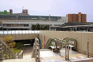 Osaka Monorail Dainichi Station2.JPG