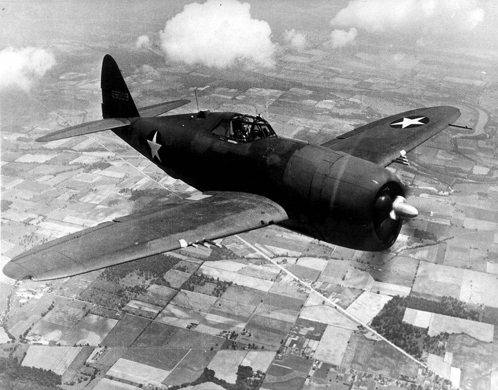 "P-47D ""razorback"" Thunderbolt"