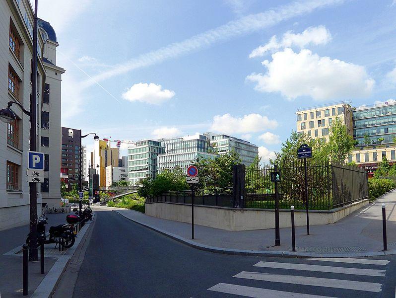 Fichier:P1030230 Paris XIII rue Marguerite-Duras rwkbis.JPG