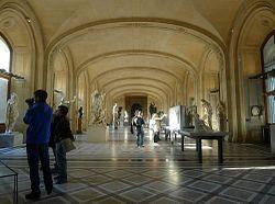 P1080105 Louvre rwk.JPG