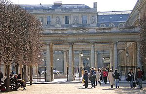 Palais-Royal - Garden-side view with the columns of the former Galerie d'Orléans