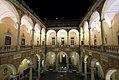 Palazzo Tursi dal primo piano.jpg