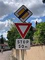 Panneaux AB5 AB7 Rue Chenale Marcigny 1.jpg