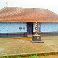 Pappyurkkavu temple before Nadapura.jpg