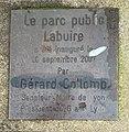 """Parc Jacob-Kaplan (Lyon) - plaque au sol """"Parc public Labuire"""".jpg"""