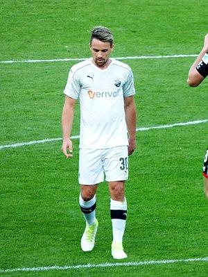Thomas Pledl - Pledl playing for SV Sandhausen in 2017