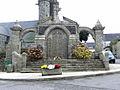 Plogonnec (29) Monument aux morts.jpg