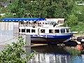 Podbabský kanál, odstavená loď.jpg