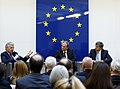 "Podiumsdiskussion ""European Union – The Way Forward"" (8735090215).jpg"