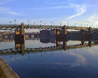 Pôle de recherche et d'enseignement supérieur - Image: Pont Saint Pierre