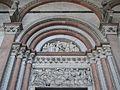 Portalada de la catedral de sant Martí, Lucca.JPG