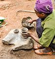 Potter, Aari Tribe, Ethiopia (8321297976).jpg