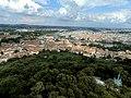 Praha z petřínské rozhledny - panoramio (33).jpg