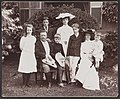 Pres. Theodore Roosevelt and family - Pach Bros. LCCN2009631485.jpg