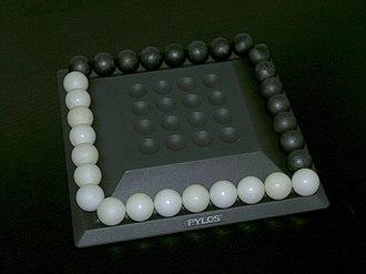 Pylos (board game) - Pylos 1