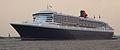 Queen Mary II Einlaufen Hamburg Hafengeburtstag 2006 -1.jpg