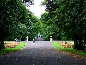 Queen's Park, Glasgow - Image: Queens Park (geograph 2537966)