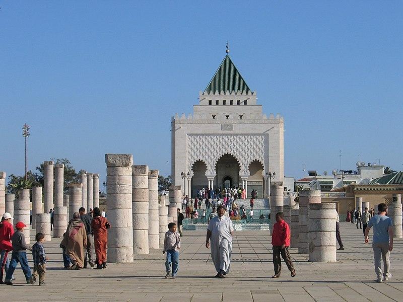 Maroko 800px-Rabat_Mausole_MohammedV