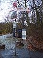 Radrevier.ruhr Knotenpunkt 37 Siedlung Teutoburgia Wegweiser.jpg