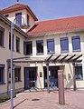 Rathauseingang Hettenleidelheim.jpg