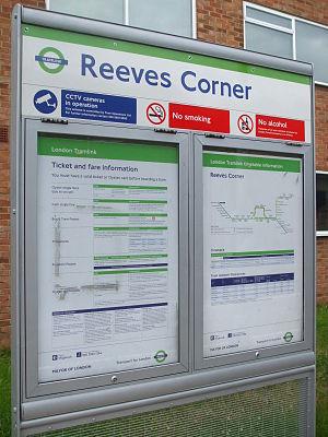 Reeves Corner tram stop - Image: Reeves Corner tramstop signage