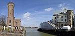Rheinauhafen Köln - Malakow-Turm und Schokoladenmuseum.jpg