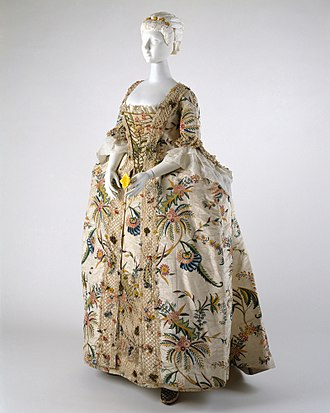 Robe a la francaise 1740s, as seen in one of the exhibits at the Costume Institute Robe a la Francaise MET DT3884.jpg
