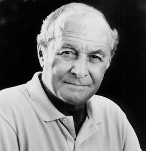 16th Saturn Awards - Robert Loggia, Best Supporting Actor winner.