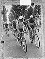 Ronde van Italie. Wim van Est met Bartali en Van Breen, Bestanddeelnr 905-7244.jpg