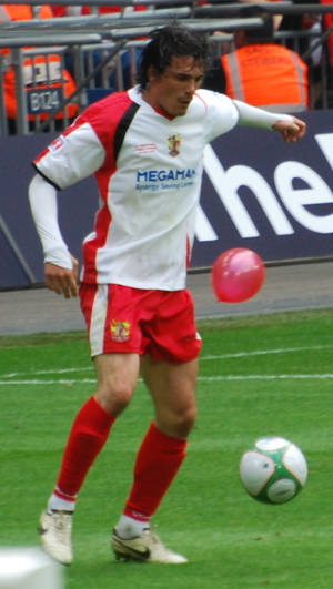Ronnie Henry - Henry playing for Stevenage Borough in the 2009 FA Trophy Final