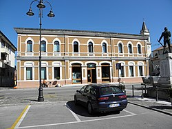 Rosolina Municipal House.jpg