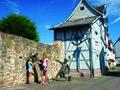 Rotenburg an der Fulda mit Stadtmauer.jpg