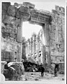 Ruins of temple, Baalbek, Lebanon LCCN2001705569.jpg